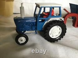 Britains Farm Toys 9630 Ford 6600 Tractor & Shawnee Poole Trailer Mib