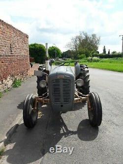 Ferguson FE35 Tractor/Antique Tractor/Vintage Tractor/Massey Ferguson