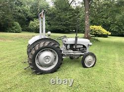 Ferguson TE20 Petrol-TV0 tractor