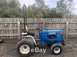 Ford 1220 Compact Tractor New Holland garden tractor kubota Massey Ferguson