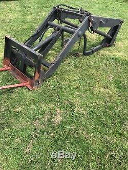 Ford 7600 2wd tractor 7610 7810 classic loader Massey Ferguson