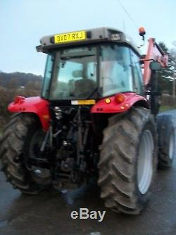 MASSEY FERGUSON 5445 with MF 945 Power Loader TRACTOR