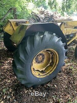 MASSEY FERGUSON TRACTOR For SPARES OR REPAIR