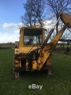 MF massey ferguson 50B Digger Loader Tractor