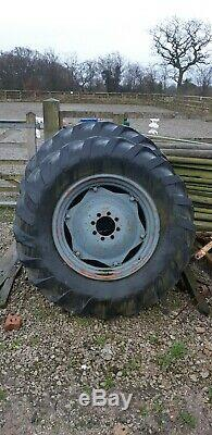 Massey Ferguson 16.9 x 30 Rear Wheels