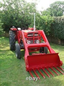 Massey Ferguson 2135 Tractor