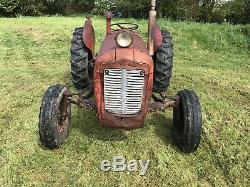 Massey Ferguson 35 2WD 3 Cylinder Tractor Vintage Case Ford V5