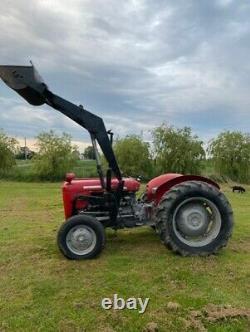 Massey Ferguson 35 tractor with loader. Fine example. Lovely runner