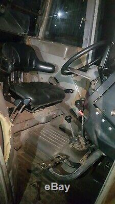 Massey Ferguson 390 tractor, 1989 classic