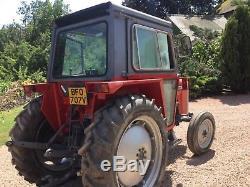 Massey Ferguson 550 tractor compact