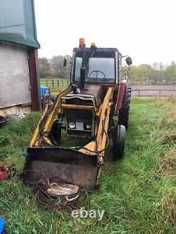 Massey Ferguson 565 Tractor And Loader
