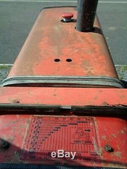 Massey Ferguson 575 2wd Tractor