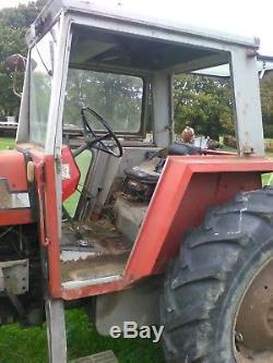 Massey Ferguson 590 Tractor
