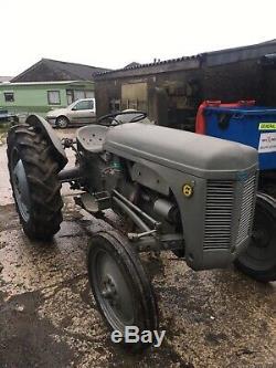 Massey Ferguson Tractor Gray Fergie TVO/PETROL With V5 Logbook