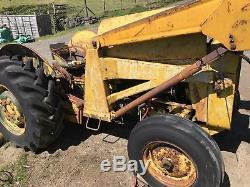 Massey Ferguson Tractor Loader MF 135 40 35