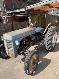 Massey Ferguson Tractor TED 20 1949 Grey Fergie