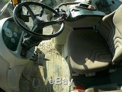 Massey Ferguson Tractor / Tractor 4WD / Tractor