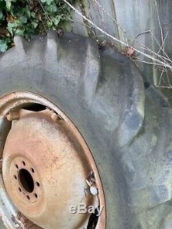 Massey Ferguson Tractor Wheels & Tyres Early Rivet Type 12.4-28 Fe 35 Te20 Mf135