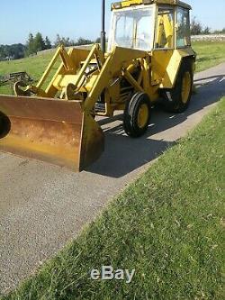 Massey ferguson 50b digger tractor
