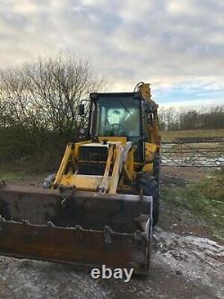 Massey ferguson jcb digger excavator loading shovel