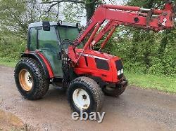 Massey ferguson tractor 2210 4wd Loader