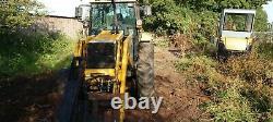 Massey ferguson tractor loader