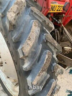 Tractor Massey Ferguson 590